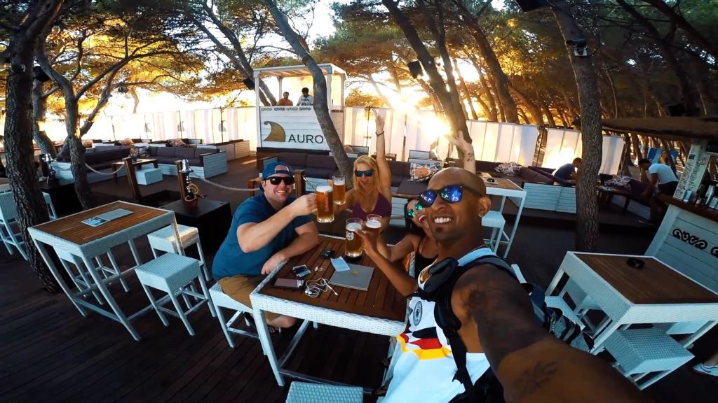 Visit Auro Cocktail Bar at Zlatni Rat for good vibes and a cold beer